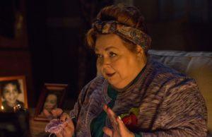 Conchata Ferrell as Aunt Dorothy