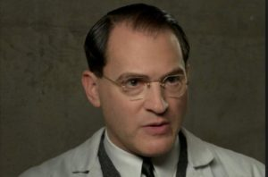 Michael Stuhlbarg as Dr. Robert Hoffstetler