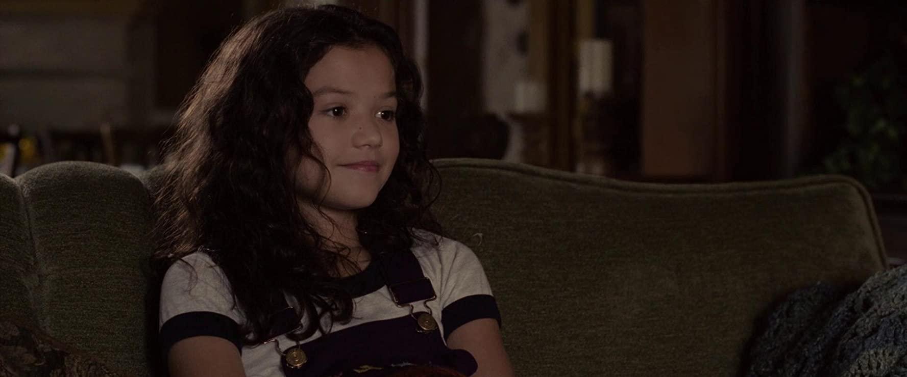 Jaynee-Lynne Kinchen as Samantha Garcia